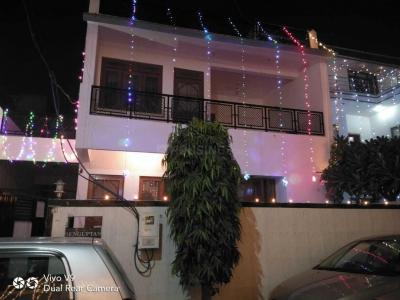 Gallery Cover Image of 2000 Sq.ft 3 BHK Villa for buy in Shamsabad for 15000000