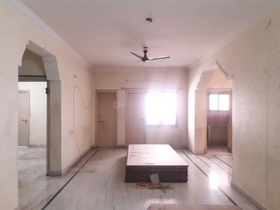 Gallery Cover Image of 1500 Sq.ft 3 BHK Apartment for rent in Tarnaka for 21000