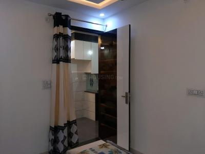 Gallery Cover Image of 1500 Sq.ft 3 BHK Independent Floor for rent in Sector 11 Rohini for 30000