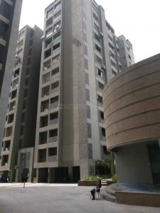 Gallery Cover Image of 4315 Sq.ft 4 BHK Apartment for rent in Bopal for 45000