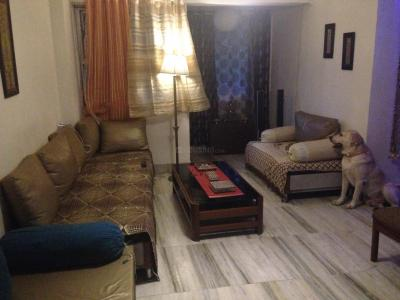 Gallery Cover Image of 1200 Sq.ft 3 BHK Apartment for rent in Juhu for 100000