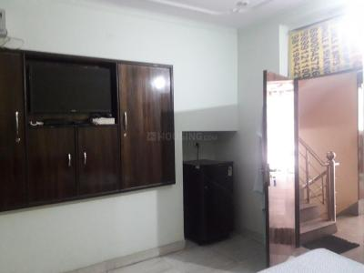 Bedroom Image of The Golden Inn PG in DLF Phase 3