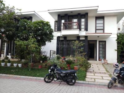 Gallery Cover Image of 4000 Sq.ft 4 BHK Villa for rent in Sector 48 for 89000
