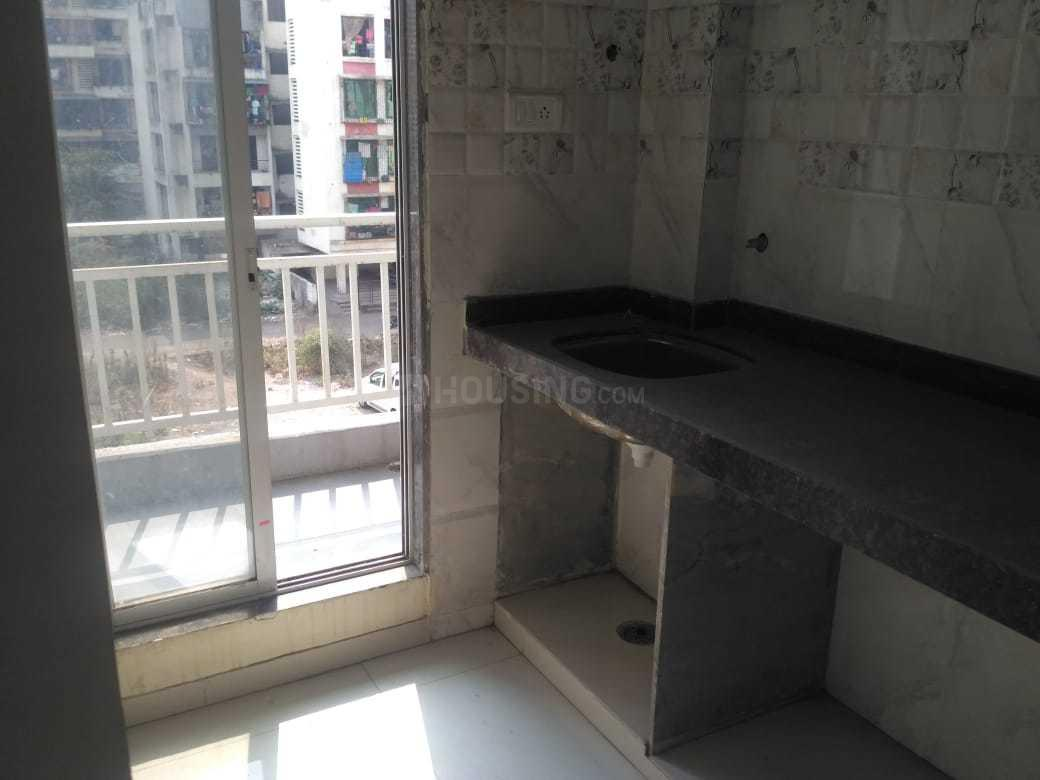 Kitchen Image of 655 Sq.ft 1 BHK Apartment for buy in Kamothe for 5000000