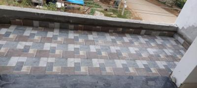 Gallery Cover Image of 1000 Sq.ft 2 BHK Independent Floor for rent in Singasandra for 16000