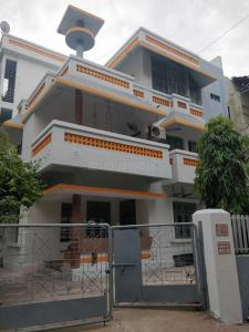 Gallery Cover Image of 1100 Sq.ft 2 BHK Independent Floor for rent in Maninagar for 15000