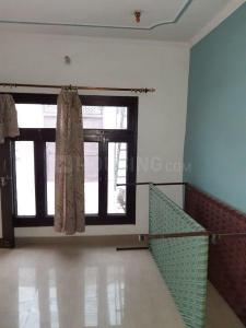 Gallery Cover Image of 450 Sq.ft 1 RK Independent Floor for rent in Vasundhara for 6000