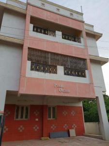 Gallery Cover Image of 1100 Sq.ft 3 BHK Apartment for rent in Thiruverkkadu for 10000