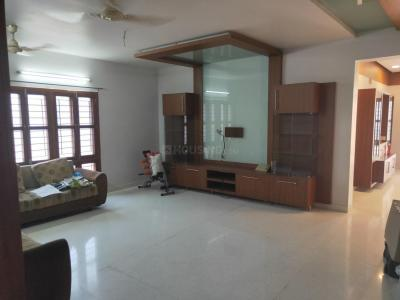 Gallery Cover Image of 2200 Sq.ft 3 BHK Apartment for buy in Krishna Nagar for 15000000