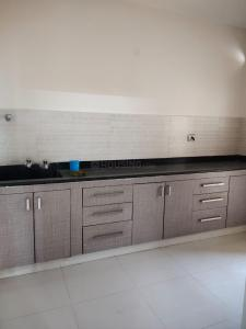 Gallery Cover Image of 1168 Sq.ft 2 BHK Apartment for rent in Sri Raghavendra Residency, Kondapur for 20000
