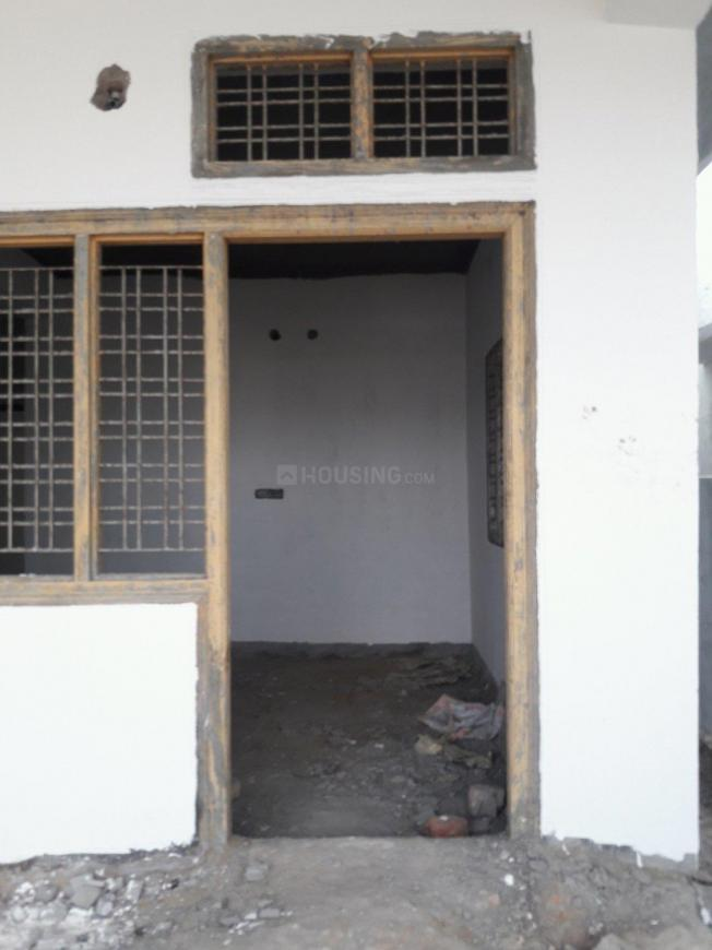 Main Entrance Image of 1350 Sq.ft 2 BHK Independent House for buy in Aminpur for 5500000