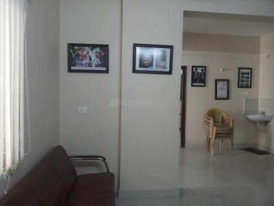 Gallery Cover Image of 1500 Sq.ft 3 BHK Apartment for rent in Kukatpally for 33000