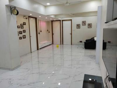 Gallery Cover Image of 3000 Sq.ft 4 BHK Apartment for rent in Borivali West for 70000