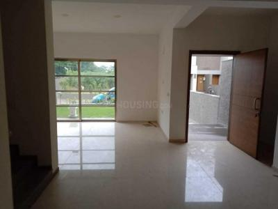 Gallery Cover Image of 3600 Sq.ft 4 BHK Independent House for rent in Shela for 50000