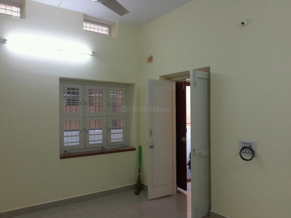 Living Room Image of 1100 Sq.ft 2 BHK Apartment for rent in Jayanagar for 23000