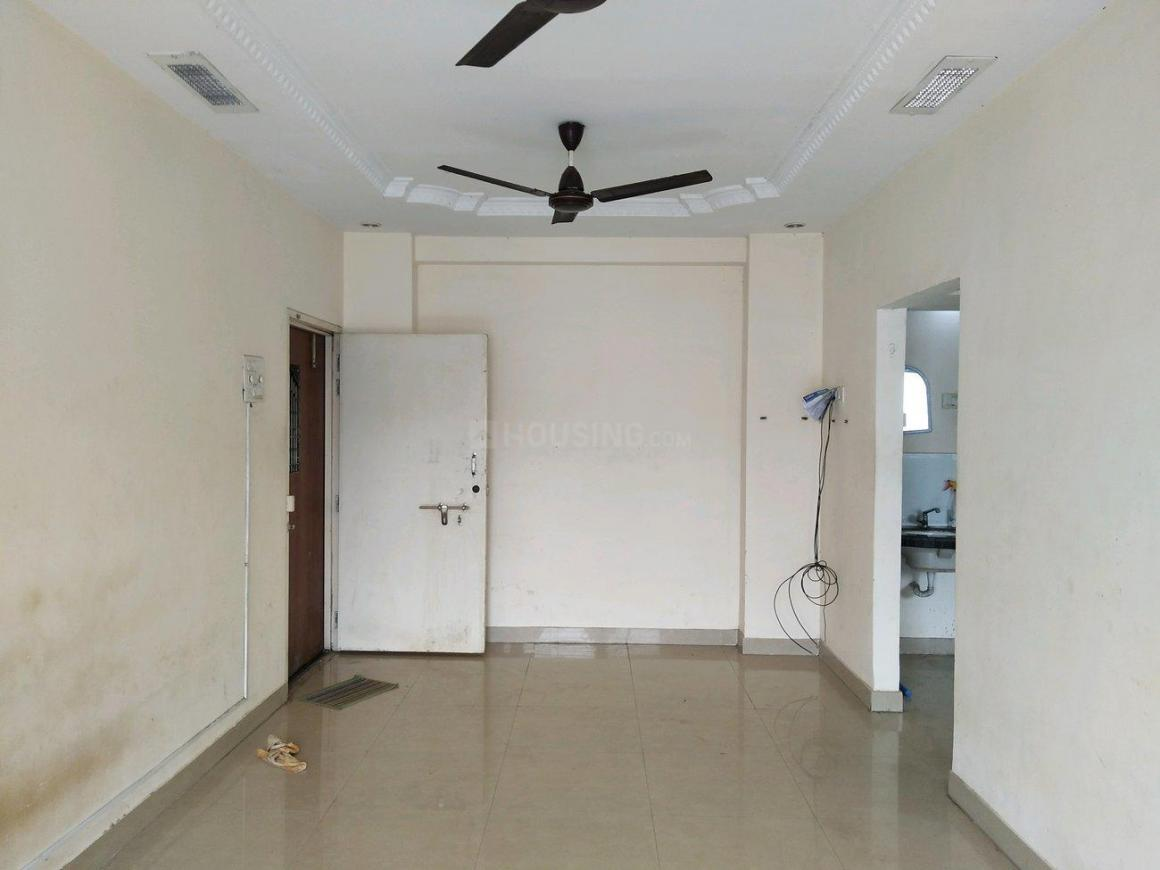 Living Room Image of 700 Sq.ft 1 BHK Apartment for rent in Powai for 30000