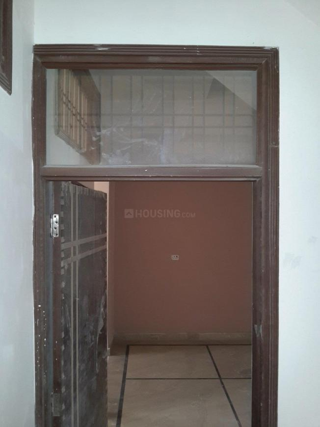 Main Entrance Image of 1550 Sq.ft 3 BHK Independent Floor for buy in Sector 49 for 6000000