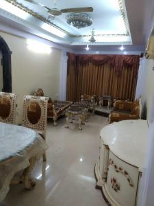 Gallery Cover Image of 900 Sq.ft 3 BHK Independent House for rent in Wadala for 60000