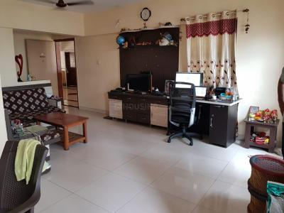 Gallery Cover Image of 1220 Sq.ft 2 BHK Apartment for rent in Sylvania Apartments, Magarpatta City for 20000