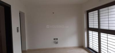 Gallery Cover Image of 1081 Sq.ft 2 BHK Apartment for buy in Vrindavan Nagar for 3800000