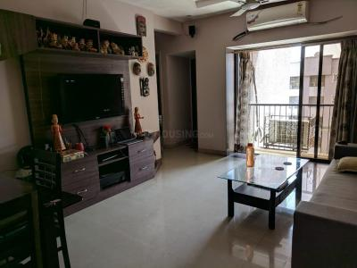 Gallery Cover Image of 1050 Sq.ft 2 BHK Apartment for rent in Ghatkopar East for 62000