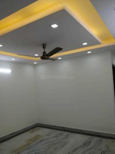 Gallery Cover Image of 900 Sq.ft 2 BHK Independent Floor for buy in Sant Nagar for 8500000
