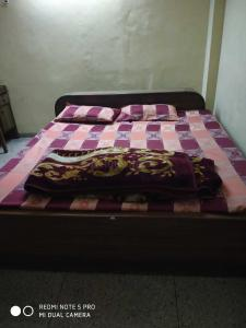 Gallery Cover Image of 250 Sq.ft 1 RK Apartment for rent in South Extension II for 10000