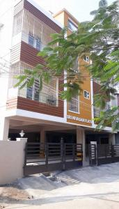 Gallery Cover Image of 840 Sq.ft 2 BHK Apartment for buy in Ambattur for 5000000