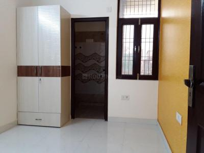Gallery Cover Image of 600 Sq.ft 1 BHK Independent House for rent in Nyay Khand for 8500