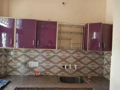 Gallery Cover Image of 450 Sq.ft 1 BHK Independent Floor for rent in Nawada for 7500