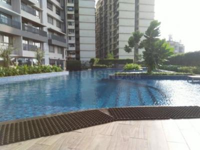 Gallery Cover Image of 1240 Sq.ft 3 BHK Apartment for buy in Kanakia Spaces Realty Levels, Malad East for 27000000