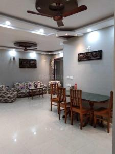 Gallery Cover Image of 1300 Sq.ft 3 BHK Independent Floor for rent in Rajarhat for 38000