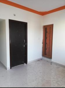 Gallery Cover Image of 550 Sq.ft 1 BHK Independent Floor for rent in Yemalur for 15000