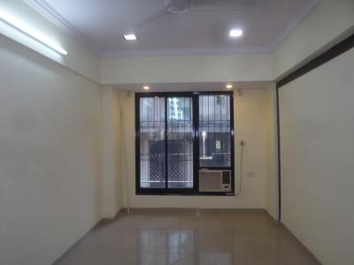 Gallery Cover Image of 750 Sq.ft 1 BHK Apartment for rent in Seawoods for 13000