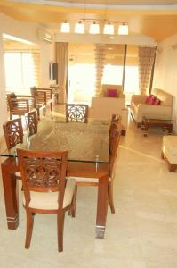 Gallery Cover Image of 4000 Sq.ft 4 BHK Apartment for rent in Bandra West for 550000