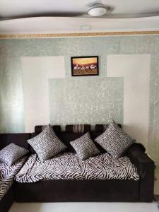 Gallery Cover Image of 585 Sq.ft 1 BHK Apartment for rent in Palava Phase 1 Nilje Gaon for 14500