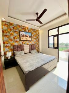 Gallery Cover Image of 1410 Sq.ft 3 BHK Villa for buy in Thv Heritage Floors, Noida Extension for 4741000