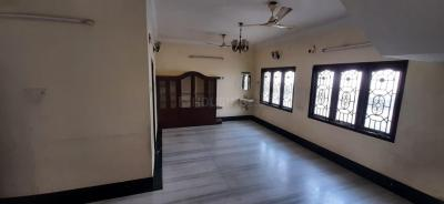 Gallery Cover Image of 1700 Sq.ft 2 BHK Apartment for rent in Anna Nagar for 28000