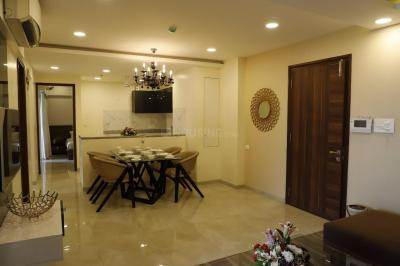 Gallery Cover Image of 1300 Sq.ft 2 BHK Apartment for rent in Mahindra Heights, Tardeo for 190000