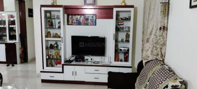 Gallery Cover Image of 1330 Sq.ft 3 BHK Apartment for rent in Pavani Ishta, Marathahalli for 35000