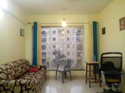 Gallery Cover Image of 850 Sq.ft 2 BHK Apartment for rent in Bredco Viceroy Court , Kandivali East for 40000