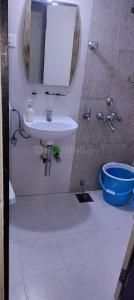 Bathroom Image of PG 7158489 Mira Road East in Mira Road East
