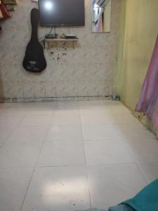 Gallery Cover Image of 275 Sq.ft 1 RK Independent Floor for buy in Bandra West for 5700000