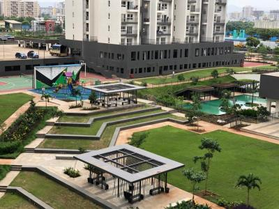 Gallery Cover Image of 1005 Sq.ft 2 BHK Apartment for rent in Godrej Infinity, Mundhwa for 25000