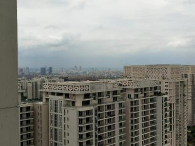 Gallery Cover Image of 4000 Sq.ft 4 BHK Apartment for rent in DLF The Crest, Sector 54 for 235000