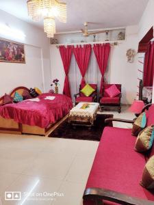 Gallery Cover Image of 1500 Sq.ft 3 BHK Apartment for buy in Mahalaxmi Vihar, Vishrantwadi for 9500000