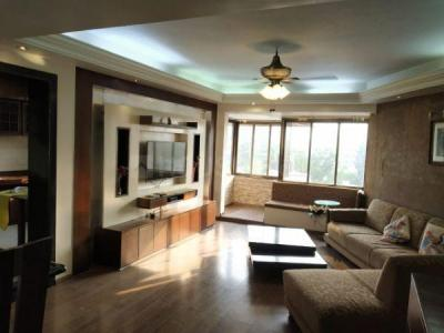 Gallery Cover Image of 1300 Sq.ft 3 BHK Apartment for rent in Bandra West for 90000
