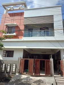 Gallery Cover Image of 2100 Sq.ft 3 BHK Independent House for buy in Valasaravakkam for 17500000