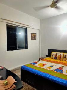 Gallery Cover Image of 1400 Sq.ft 3 BHK Apartment for rent in Thane West for 42000