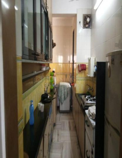 Kitchen Image of 800 Sq.ft 2 BHK Apartment for rent in Mahim for 65000